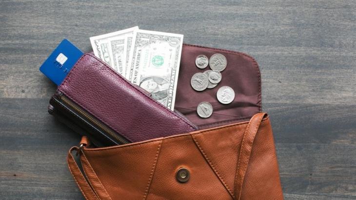 靴と財布はいいものを!おすすめのメンズ財布ブランド